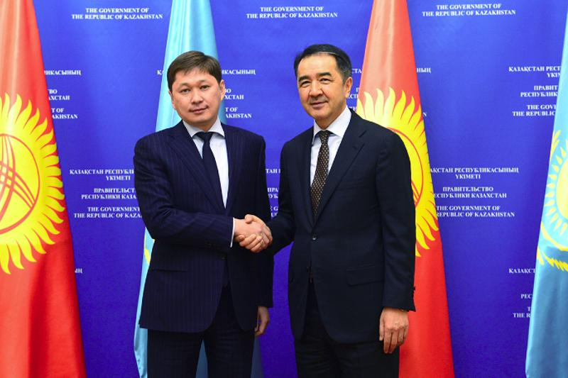 Kazakh PM hosts 5 Kyrgyz cabinet ministers, state officials